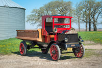 antique truck, vintage truck, REO