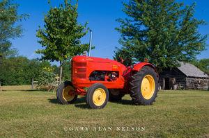 Massey-Harris, tractor