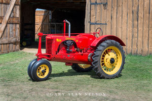 Massey-Harris, antique tractor, tractor, vintage tractor