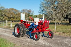 antique tractor, Farmall