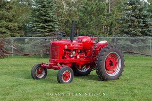 Farmall, antique tractor