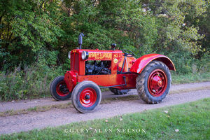 Co-Op, antique tractor