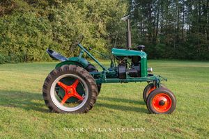 antique tractor, shaw