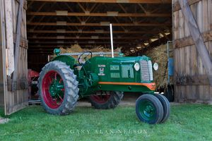 oliver, antique tractor