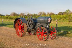 antique tractor, vintage tractor, Titan