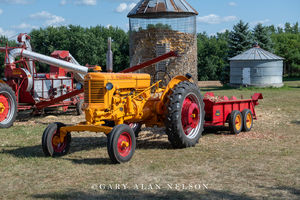 Minneapolis Moline, antique tractor