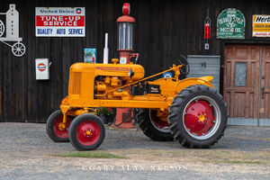 Minneapolis-Moline, antique tractor