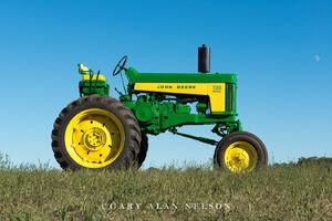 antique tractor,john deere, john deere 730 High Crop