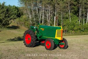 antique tractors,oliver, 66 standard