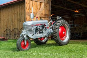 Antique tractor tractor,silver king,vintage tractor