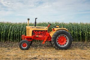 Case,antique tractor,1030 comfort king