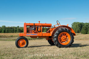 antique tracter, allis-Chalmers