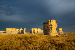monument rocks, kansas, prairie, national monument, sky