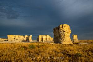monument rocks, kansas, prairie, national monument, sky