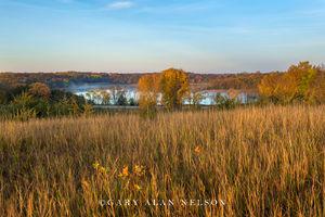 Prairie overlooking Henchien Lake