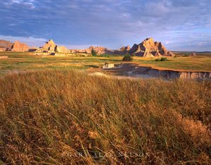Badlands National Park, South Dakota, dawn, badlands