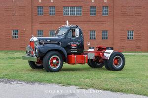 1964 Mack B 61