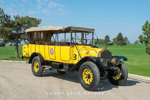 antique truck, vintage truck, White, Yellowstone bus