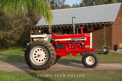 1967 International Farmall 1206