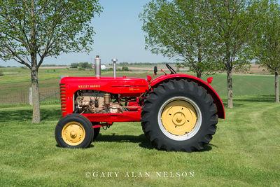 1956-1958 Massey-Harris 555