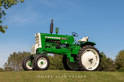 1966 Oliver 1650 High Crop