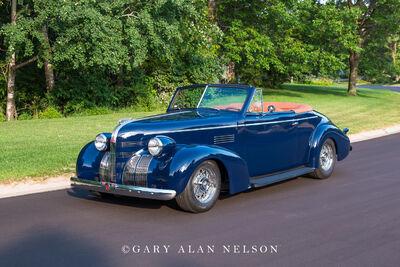 1939 Pontiac 26 Series DeLuxe Convertible