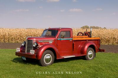 1949 Diamond T 201 Series One-ton pickup