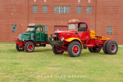1942 Mack FJ (red) and 1923 Mack AC