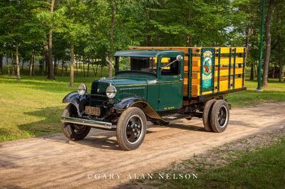 1933 Ford Model BB V-8 Stakeside