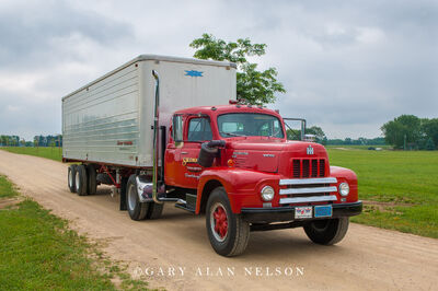 1958 International R-200
