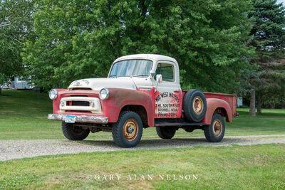 1957 International S120 4x4