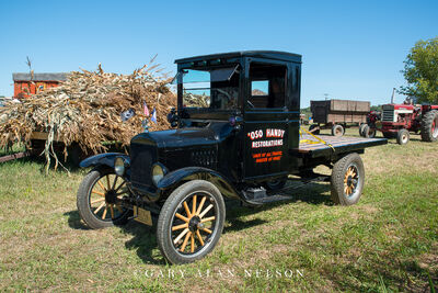 1925 Ford Model T One-ton truck
