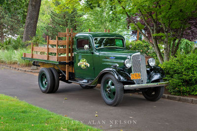 1936 Chevrolet 1.5 ton Master Stakebed, late model low cab