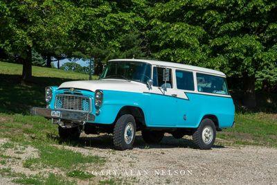 1959 International B120 4x4 Travelall