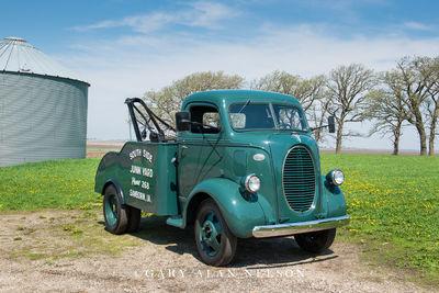 1939 Ford COE Wrecker