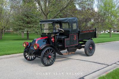 1918 International Model F Dump Truck
