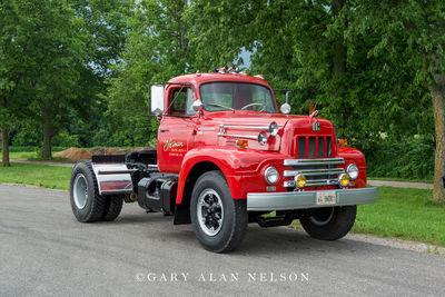 1964 International R190