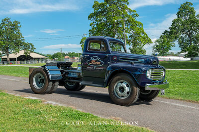 1948 Ford F-7 2.5 Ton
