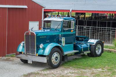1954 Kenworth CC 523