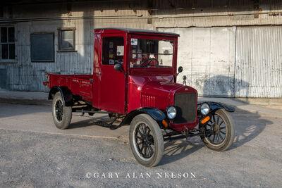 1925 Ford TT Express