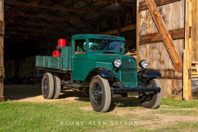 1933 Ford Model BB 1.5 Ton Truck