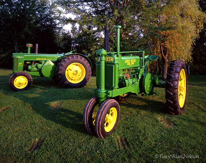 john deere, model A, 80 standard, unstyled, photo