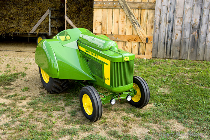 john deere, orchard, LP, model 620, 620, photo