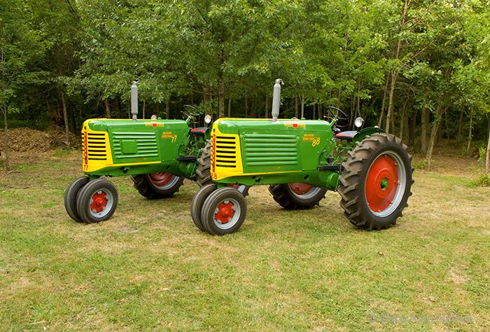oliver, row crop, 88, 66, photo