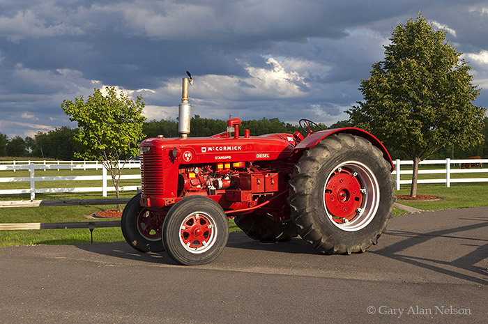 Farmall,WD-9, photo
