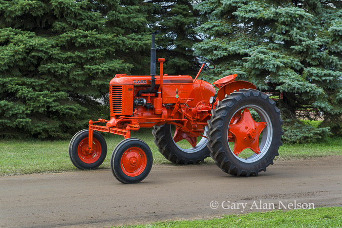 1947 Case Tractor : Case vah high crop at ca gary alan nelson