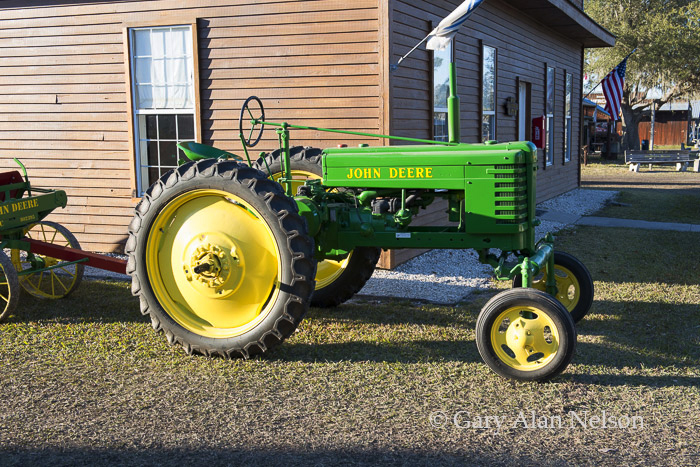 antique tracter, vintage tractor, john deere, photo