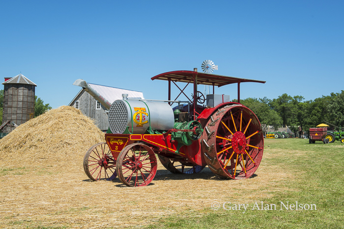 1913 Twin City 25-45 Oil Tractor, photo