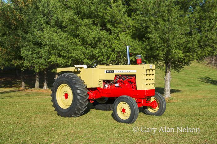1965 Cockshutt 1550 Wheatland, photo