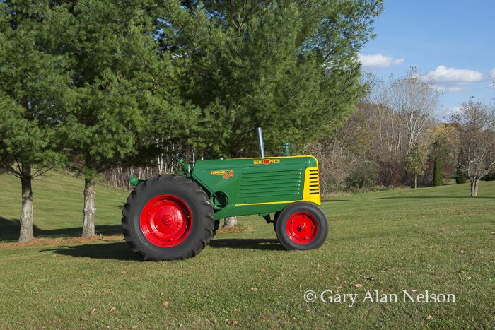 1949 Oliver 88 Standard, photo